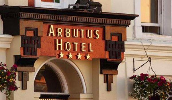 Arbutus—Ext