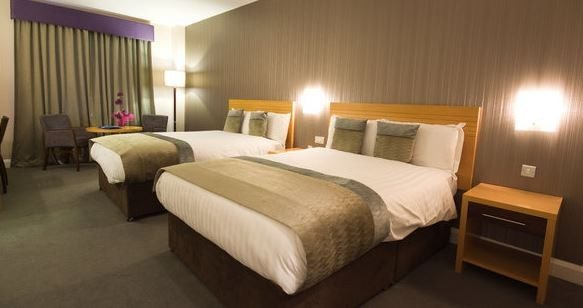 City Hotel Derry - Room2