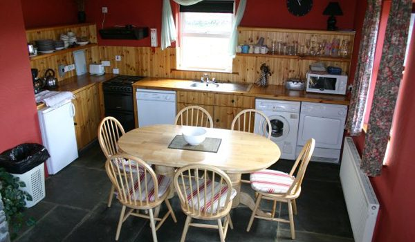 Doolin-Cottages—Kitchen2