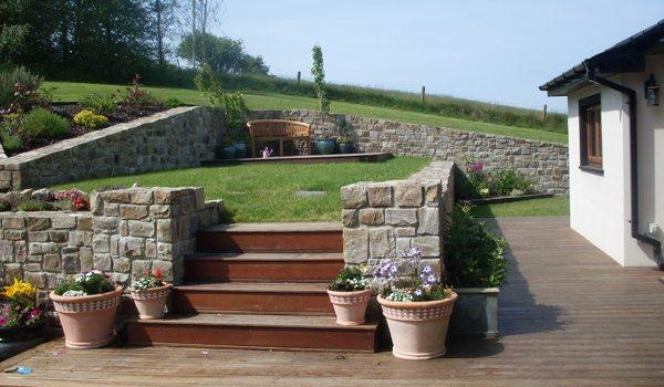 Eden-Retreat—Ext-Deck-Steps