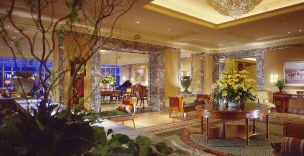 Four Seasons – Lobby