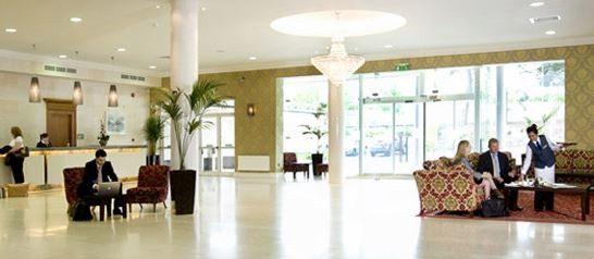 Grand Hotel – Lobby