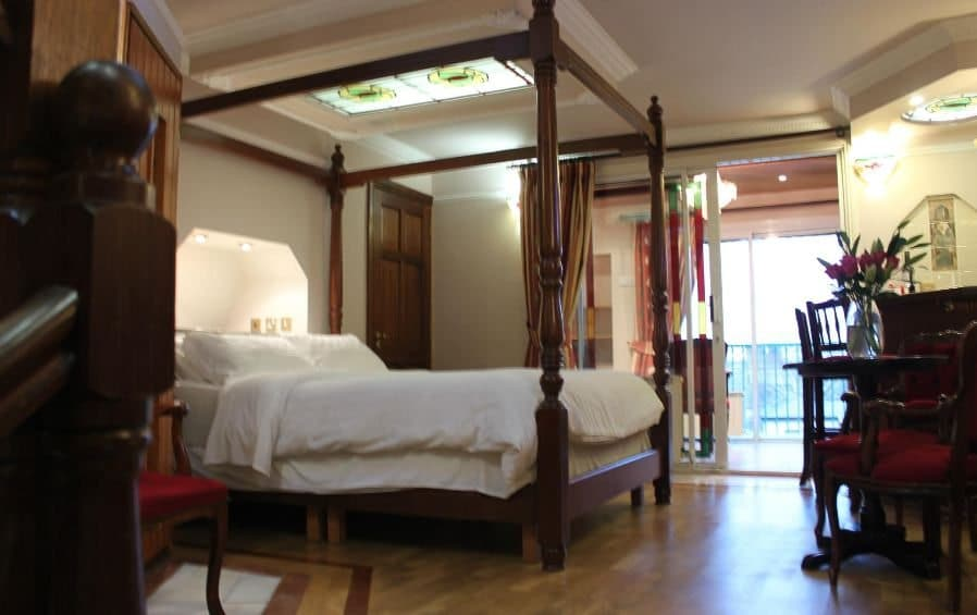 Roxford Lodge Room