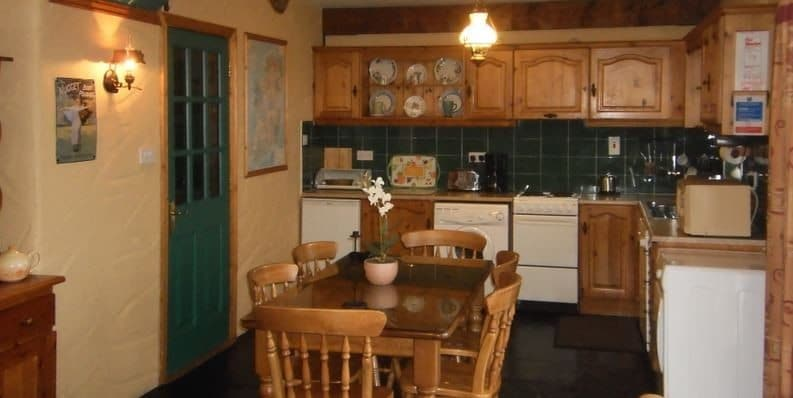 Atlantic View Cottages – Kitchen2