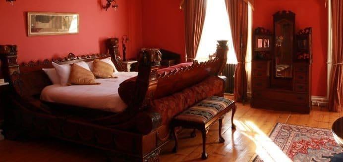 Kinnitty Castle – Room1