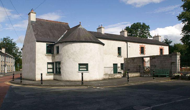 Castletown Round – Ext