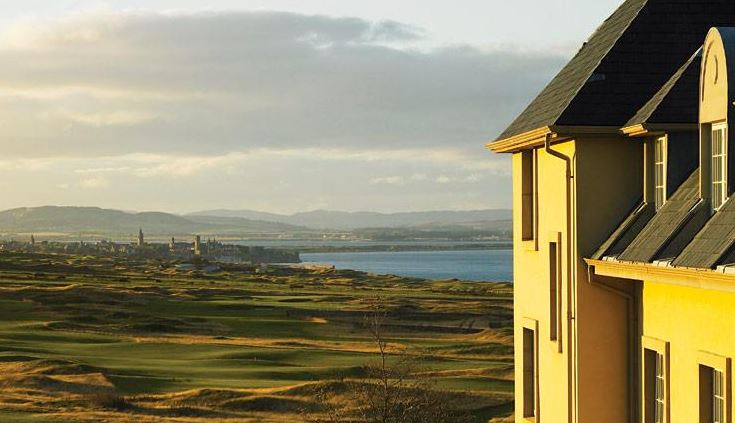 Fairmont St Andrews – City View
