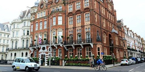 1_The_Milestone_Hotel_London_England_Outside