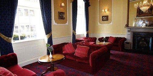 2-Hotel-St-George-Dublin-Lounge