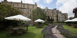 Front lawn and outdoor seating at Royal Crescent Hotel and Spa Bath