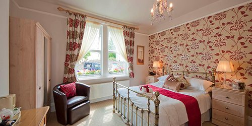 7-Bentley-Lodge-Torquay-Room