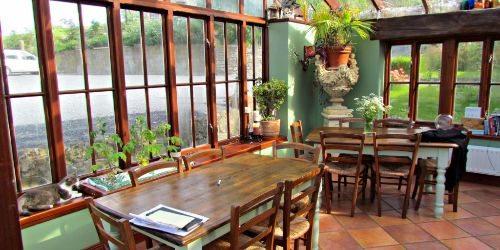 lawcus-farmhouse-kilkenny-ireland-dining