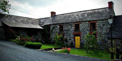 lawcus-farmhouse-kilkenny-ireland-front