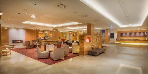 clayton-hotel-burlington-road-reception-2