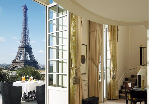 luxury-hotels-paris-shangri-la-hotel-paris-banner