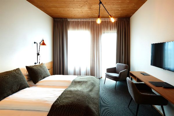 fosshotel-myvatn-double-twin-room-01 (1)