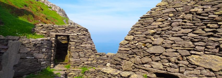 skellig island ancient structures